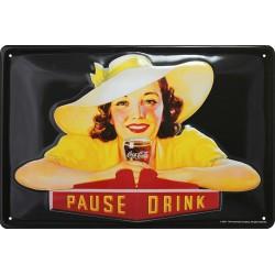 Plaque métal publicitaire 20x30cm  bombée en relief  : Girl Coca cola.
