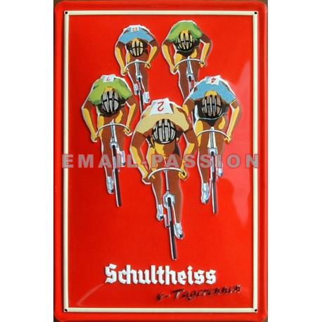 Plaque métal publicitaire 20x30cm bombée en relief : SCHULTHEISS.