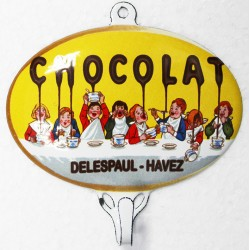 Accroche torchon, clés etc... émaillé, bombé, dim. 12 x 12 cm : CHOCOLAT DELESPAUL.