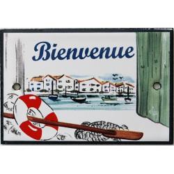 Plaque de porte émaillée plate de 10,5 x 7cm décor Port : BIENVENUE.