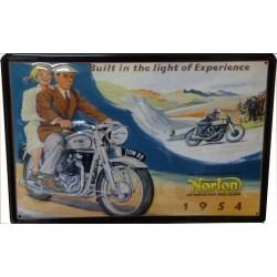 Plaque métal  publicitaire 20x30cm bombée en relief :  NORTON 1954
