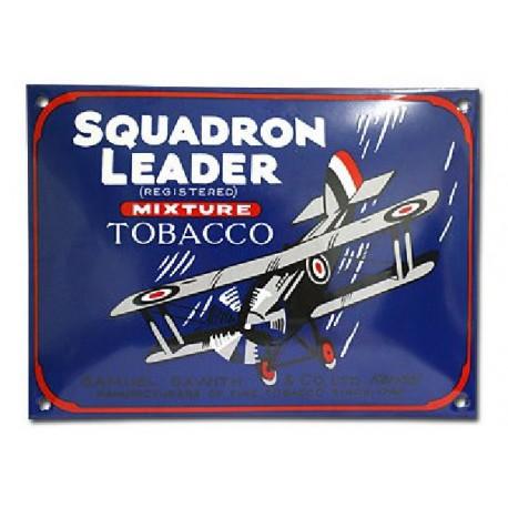 Plaque métal publicitaire 20 x 28 cm bombée :  SQUADRON LEADER