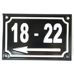 Numéro de rue  émaillé 10 x 15 cm noir - Numero 18 - 22 avec fleche