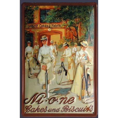 Plaque métal publicitaire 20x30cm bombée et en relief : NI. O. NE cake and biscuits