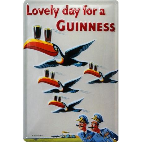 Plaque métal publicitaire 20x30cm bombée en relief :   Lovely day for a GUINNESS Aviation