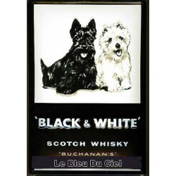 Plaque métal publicitaire 20x30 cm bombée en relief :  Black and White Scotch Whisky.