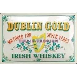Plaque métal publicitaire 20x30cm bombée en relief : Dublin Gold Irish Whiskey