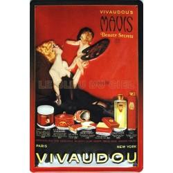 Plaque métal  publicitaire 20x30cm  bombée en relief : Parfumerie Vivaudou .