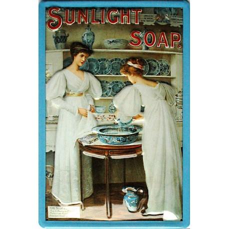 Plaque métal publicitaire 20x30cm bombée en relief :  Sunlight-Soap