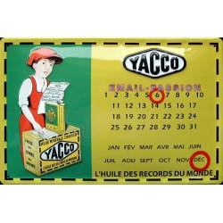 Calendrier métal publicitaire 20x30 cm bombé en relief : Yacco.