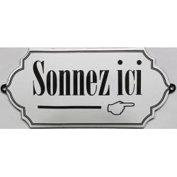 Plaque émaillée bombée de 18x8cm SONNEZ ICI..