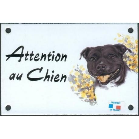 Plaque émail 10x15cm Attention au Chien : Staffy