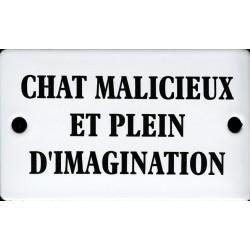 Plaque humoristique émaillée bombée de 6x10 cm CHAT MALICIEUX ET PLEIN D'IMAGINATION