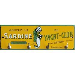 Accroche clés émaillé Sardine du Yacht club Douarnenez. dimension 20x7